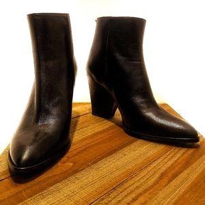 Stuart Weitzman Black Leather Ankle Boots Rear-Zip